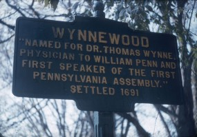 One of the Wynnewood variant signs in the mid-20th century. From the collection of the Lower Merion Historical Society.