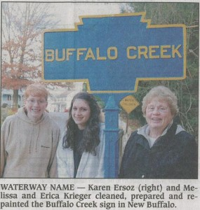 2011 Perry County TImes photo of marker with the restorers